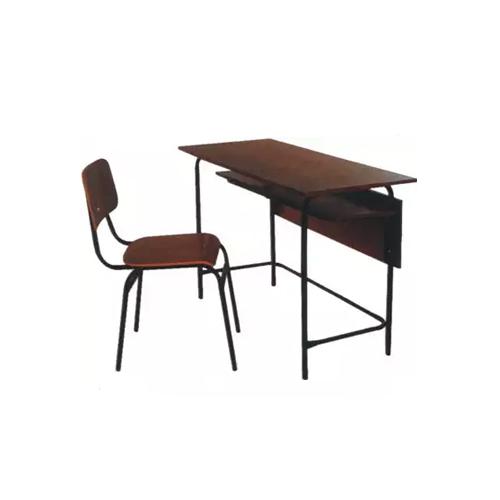 Conjunto de móveis para professor